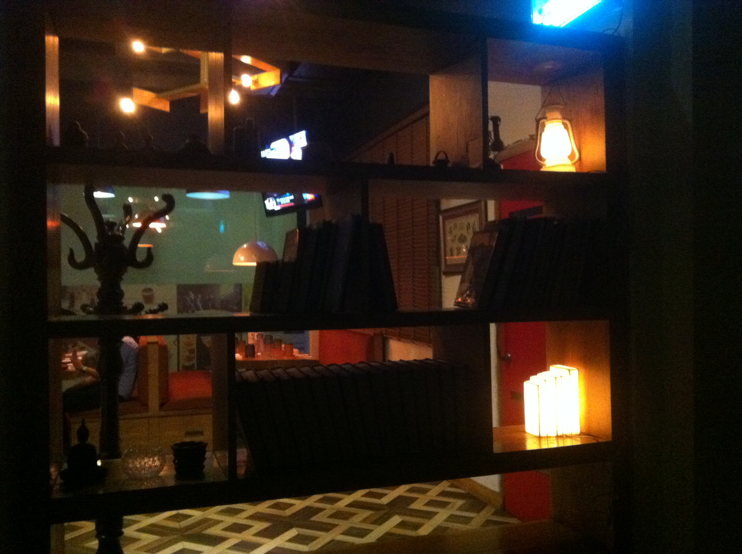 Cafe Bali Hai - Open shelves