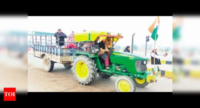 a-first-in-uchana:-women-take-the-wheel-as-farmers-plan-tractor-march